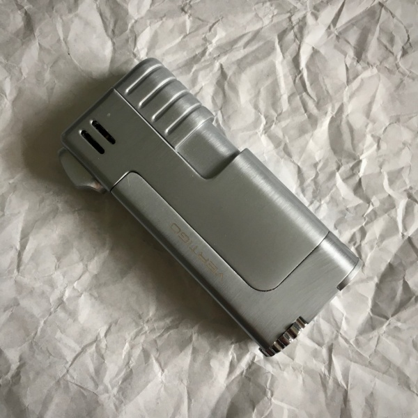 Vertigo Pipe Lighter - Silver